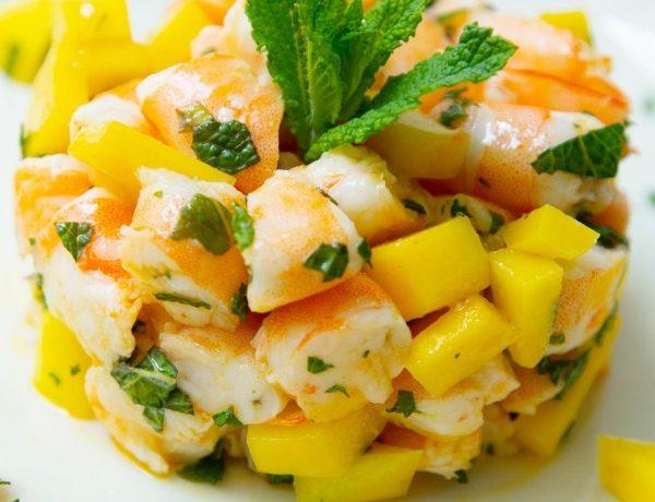 Salada de Camarão com Frutas