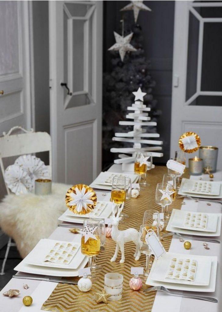 Mesa de Natal Branco e Dourado