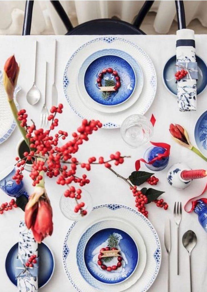 Mesa de Natal Branco Azul Vermelho