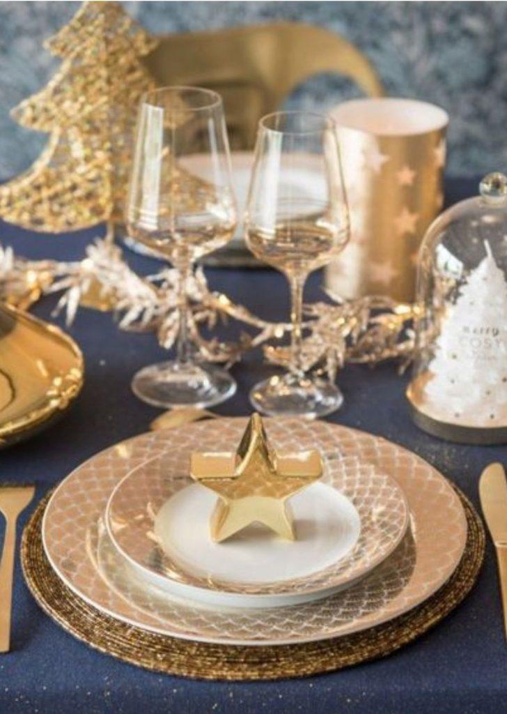 Mesa de Natal Dourado