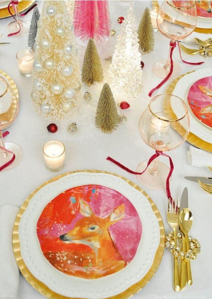 Mesa de Natal Louça Decorada Colorida