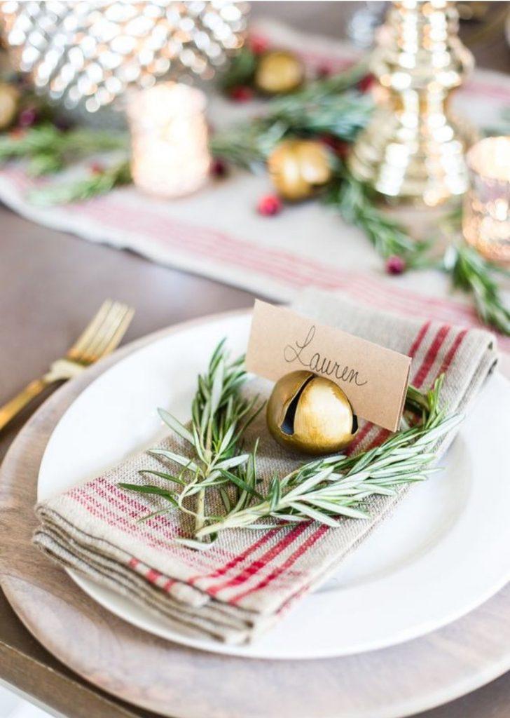 Mesa de Natal Simples 5