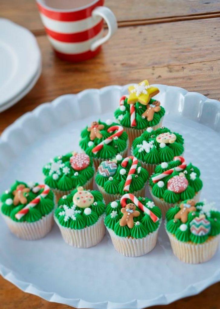 Pinheiro de Cupcakes